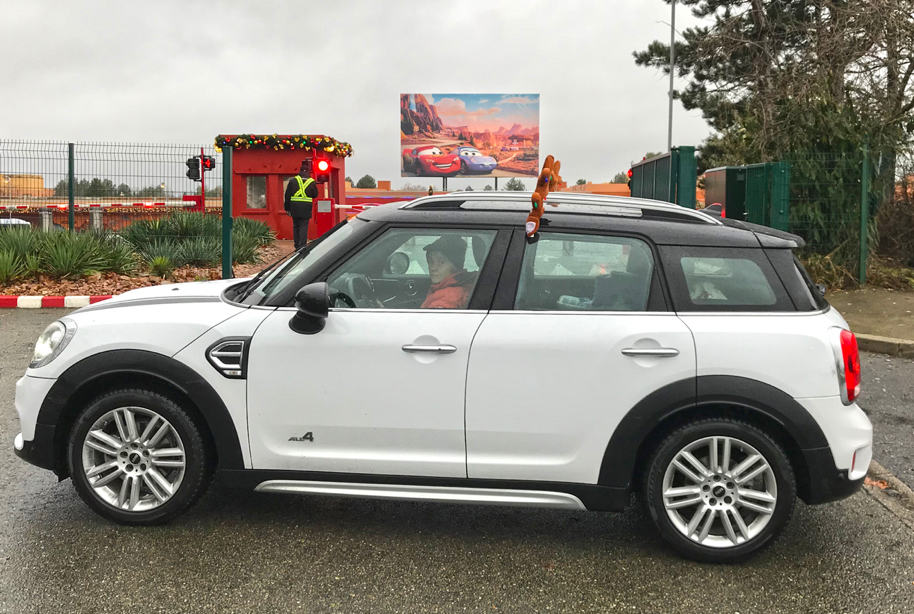 Mini Countryman a Disneyland